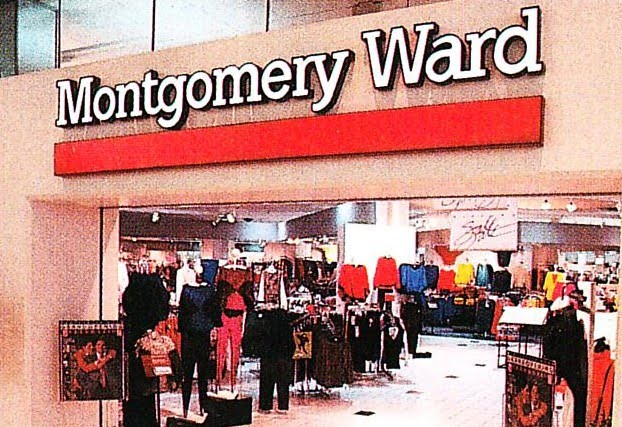 Pleasant Family Shopping Its The Montgomery Not The Ward