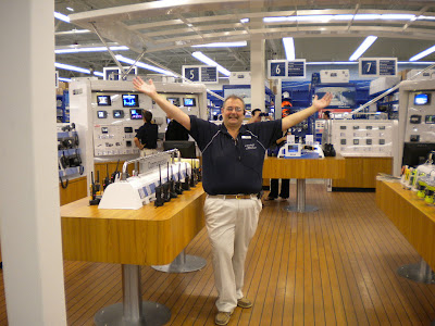 West Marine is a company that sells boating equipment and accessories as well as fishing supplies. It is currently the world's largest boating supply retailer. Customers highlight after sales service and product range as positive traits of the company.
