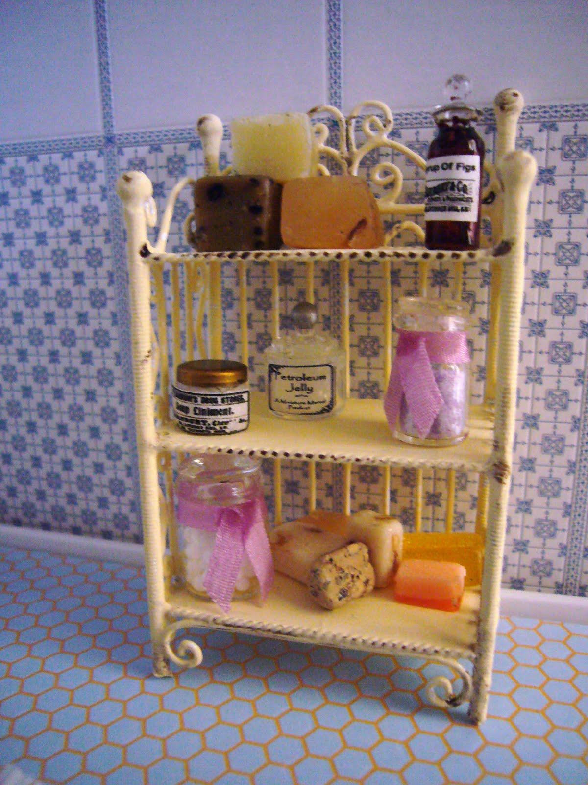 La casa delle bambole di flora profumi e saponi for Casa francese di abiti e profumi