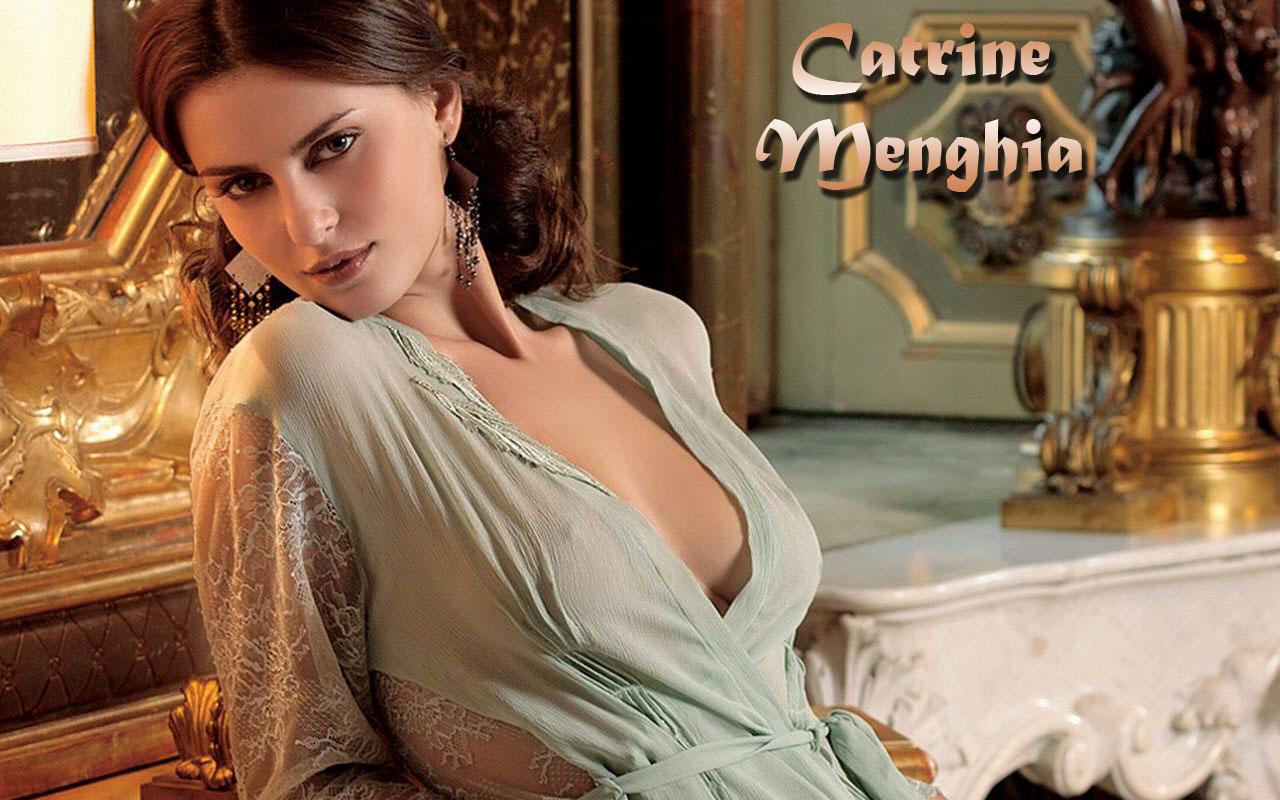 http://3.bp.blogspot.com/_EkcRVlS4-Hw/TCY2jm5EKUI/AAAAAAAAAAU/_pCPbHRb06M/s1600/MRB-Catrine_Menghia-02.jpg