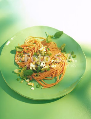 Spaghetti salsa verde