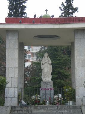 Vista frontal del Templete en que se encuentra La Santísima Virgen
