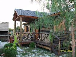 Cabaña de troncos y Piscina