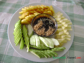 Mixed fruits kuah rojak What goes with kuah rojak