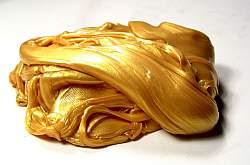 Goldene Spezialknete, die hüpfen und zerspringen kann.