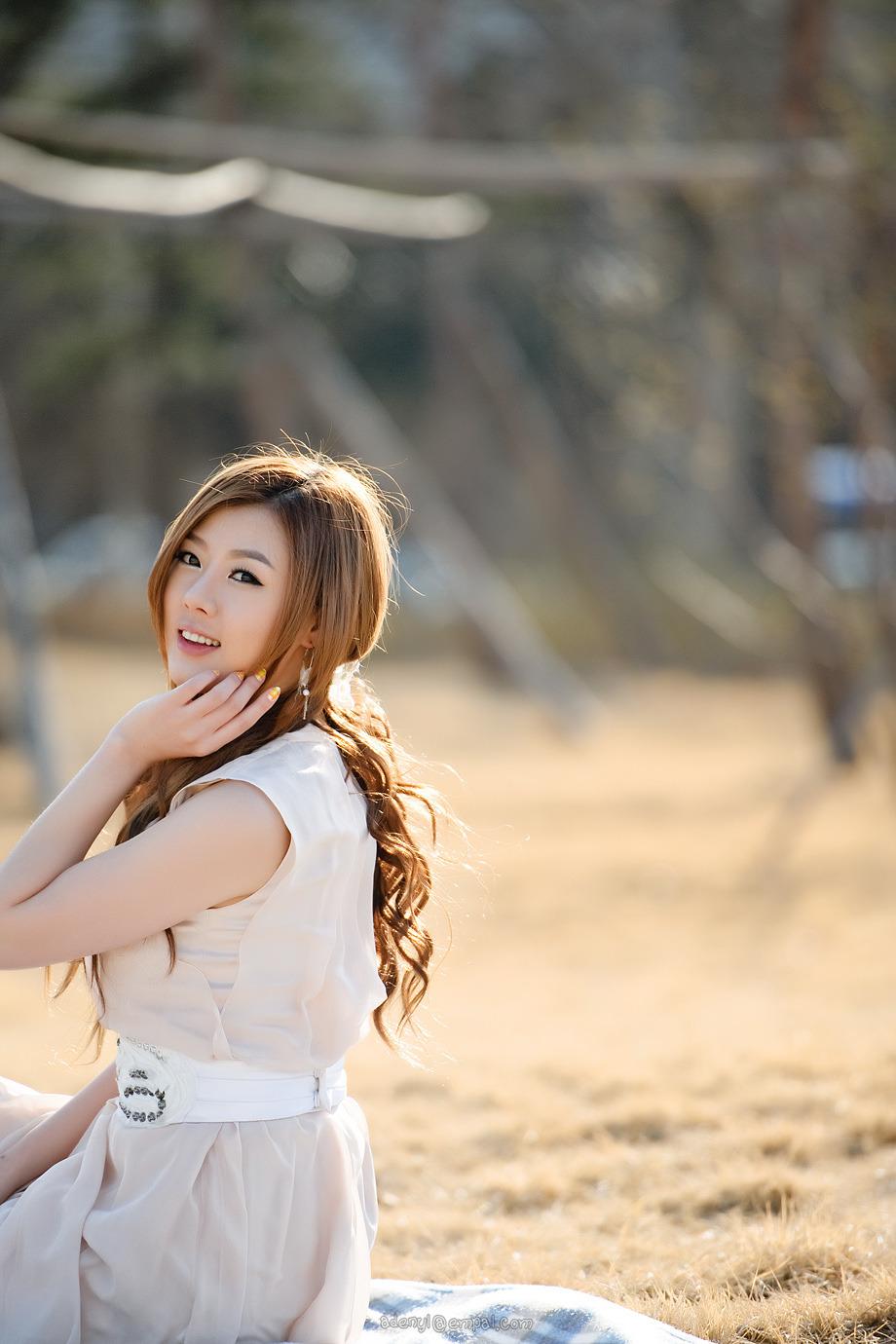 Snsd taeyeon sexy dance - 3 7