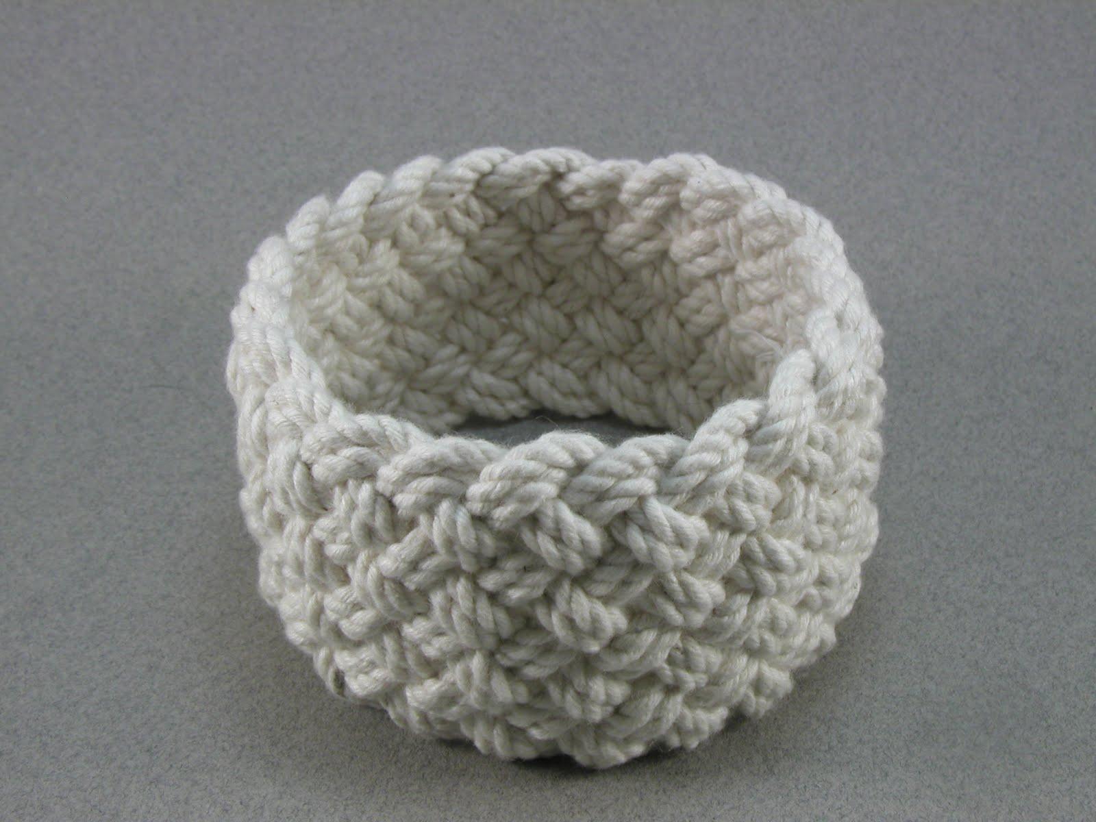 Clic Wide Weave Turks Head Knot Sailor Bracelet 839