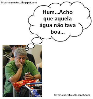 Astronautas arrumam máquina de reciclar urina...Marcos Pontes, experimentou?