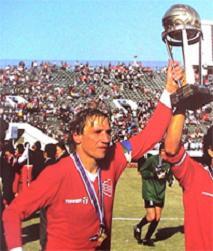 Los 10 cracks que mas jugaron en Independiente [Imperdible]