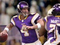Favre playing as a Viking for the first time