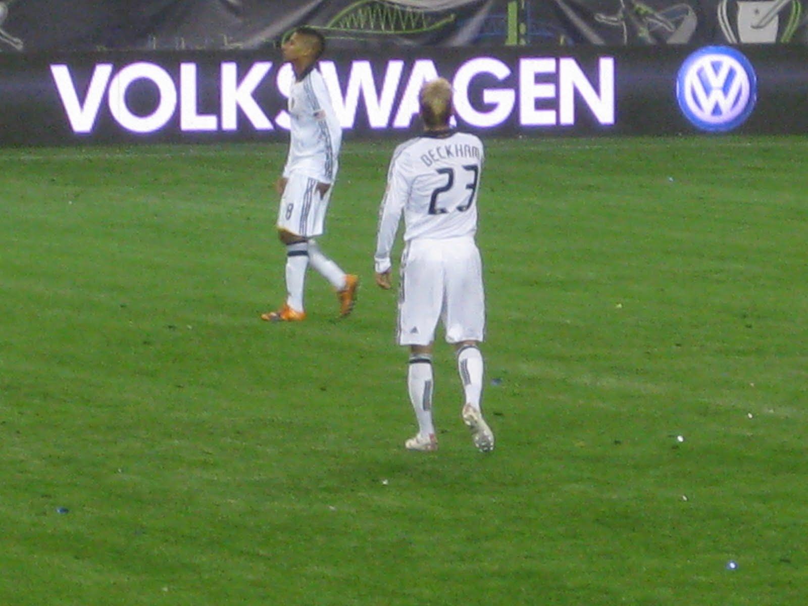 http://3.bp.blogspot.com/_EvNJQbbUrRM/Swx_S81RawI/AAAAAAAAAMM/brqVv6u0aqw/s1600/MLS+Cup+023.jpg