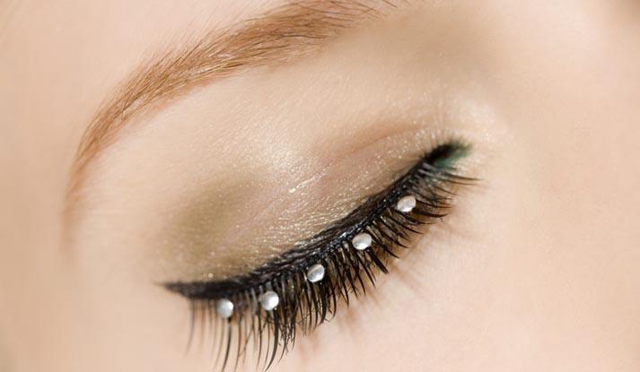 Наращивание ресниц!  Красивый поресничный шелк.  Оцените значение человеческих глаз.