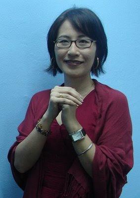 Malaysian politician, Elizabeth Wong (黄洁冰) nude photos and
