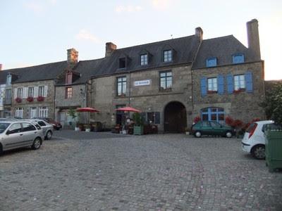 Hotel 'Le Manoir' en Bazouges La Perouse