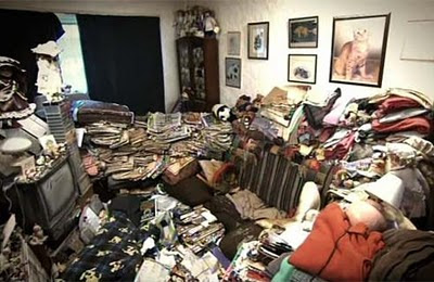 http://3.bp.blogspot.com/_ExO9vg1czfI/TSmxKNkP5vI/AAAAAAAAAwg/pq850WSh02o/s400/1-living-room.jpg