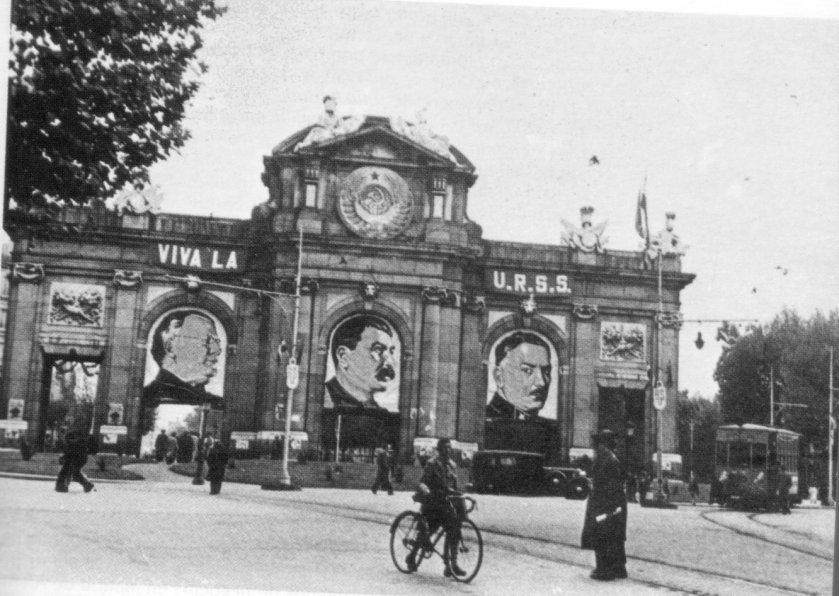 La Guerra Civil Española - Página 4 PuertadeAlcala1937