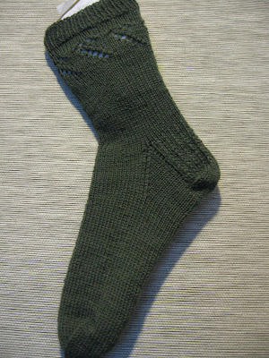 Free Knitting Patterns For Socks On Circular Needles : FREE 2 NEEDLE SOCK PATTERNS Lena Patterns