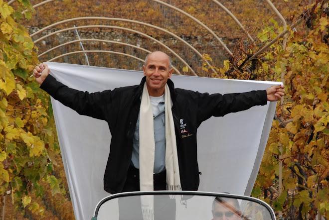 Yves ROSSY à Saillon pour vendanger les rappets