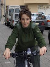mi hijo sergio y su bici nueva