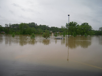 record flood in Nashville-Publix Parking Lot in Bellevue under water