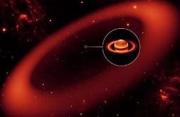 Descoberto anel gigantesco de Saturno