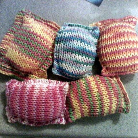 Hello Kitty Dishcloth Knitting Pattern : I Really Need to Study, But...: My First Pattern