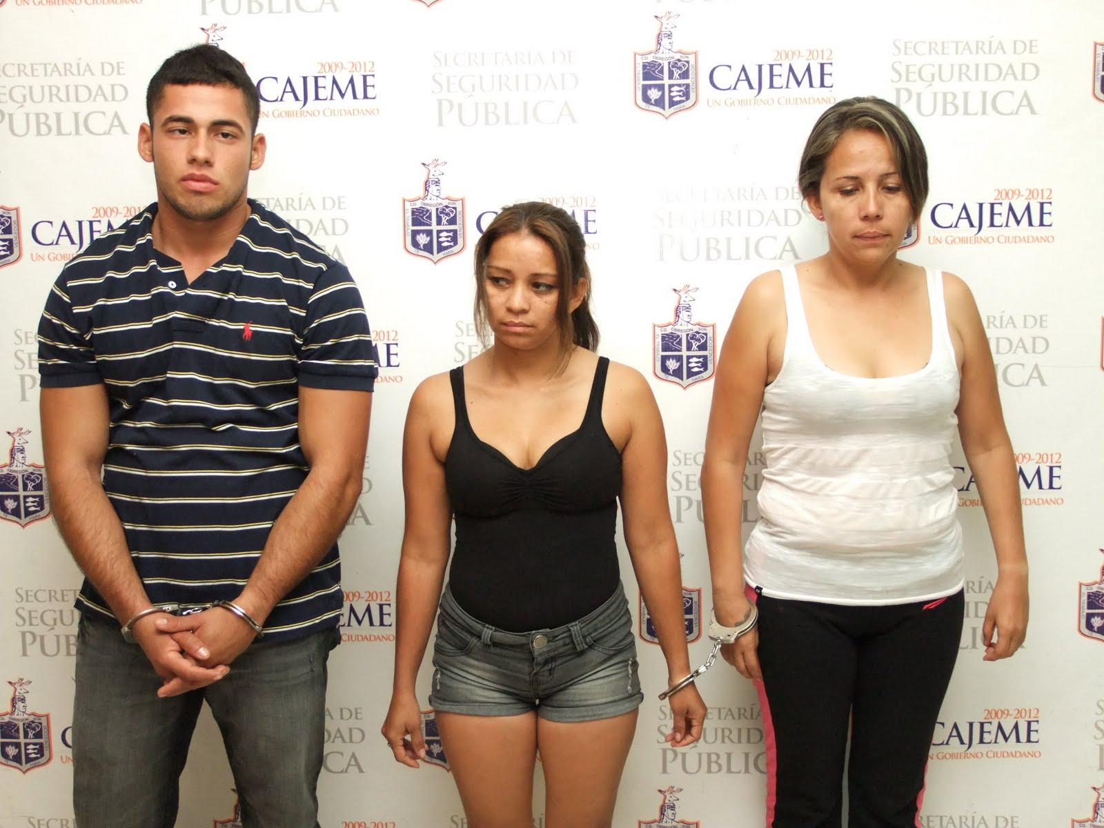 http://3.bp.blogspot.com/_F38EtU9iaTw/S_bRO1RHURI/AAAAAAAANYQ/J9x5bviHvIk/s1600/JOSE_ALFREDO_HERNANDEZ_TOSCANO_ANDREA_PERDOMO_PENAGOS_Y_SANDRA_YADIRA_CAMPOS_LAVERDE.jpg