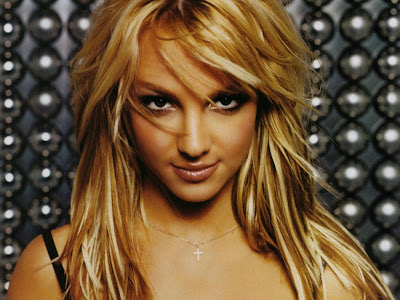 Britney-Spears-new-music-album-release-in-march-2011
