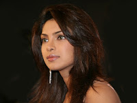 priyanka-chopra-biography-images-wallpapers