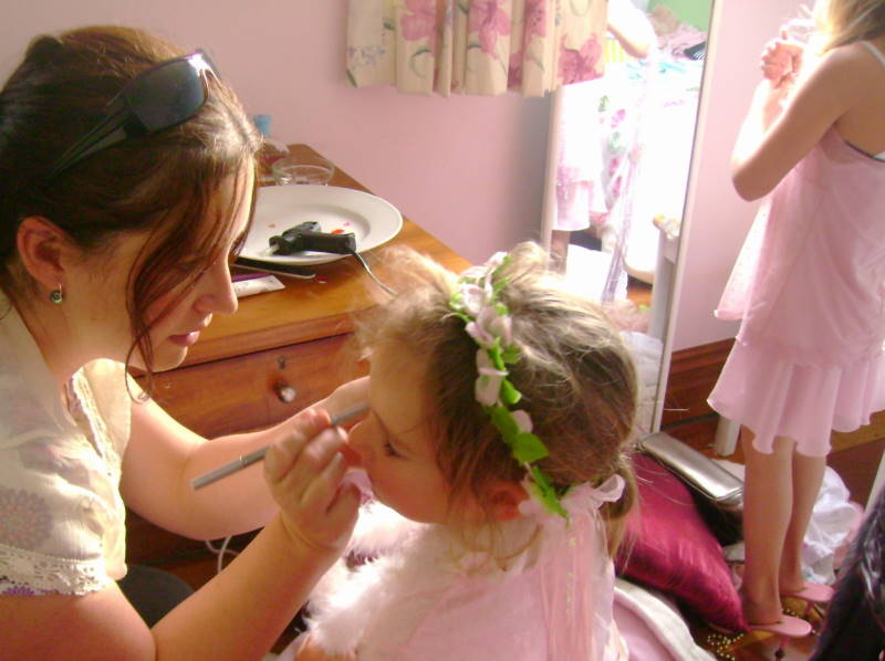 Fancy Nancy Party - mummies do makeup
