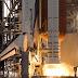 """Το διαστημικό λεωφορείο """"Endeavour"""" με πλήρωμα επτά αστροναυτών εκτοξεύτηκε στις 01.03 ώρα Ελλάδας σήμερα από το διαστημικό κέντρο Κένεντι (ΝΑΣΑ)"""
