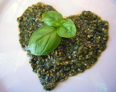 pesto with basil and cashews