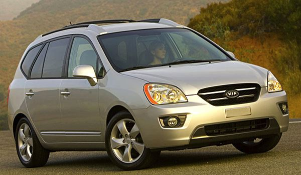 The Poor Car Reviewer: 2007-2009 Kia Rondo