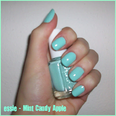 Swatch: essie No. 702 MINT CANDY APPLE