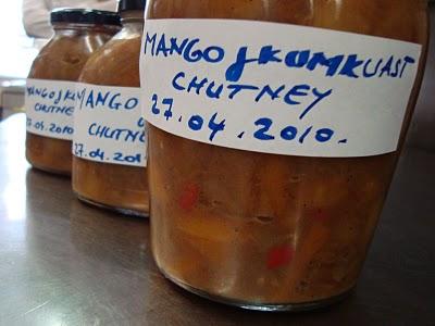 ... beef with served with wild rice papadams and mango kumquats chutney