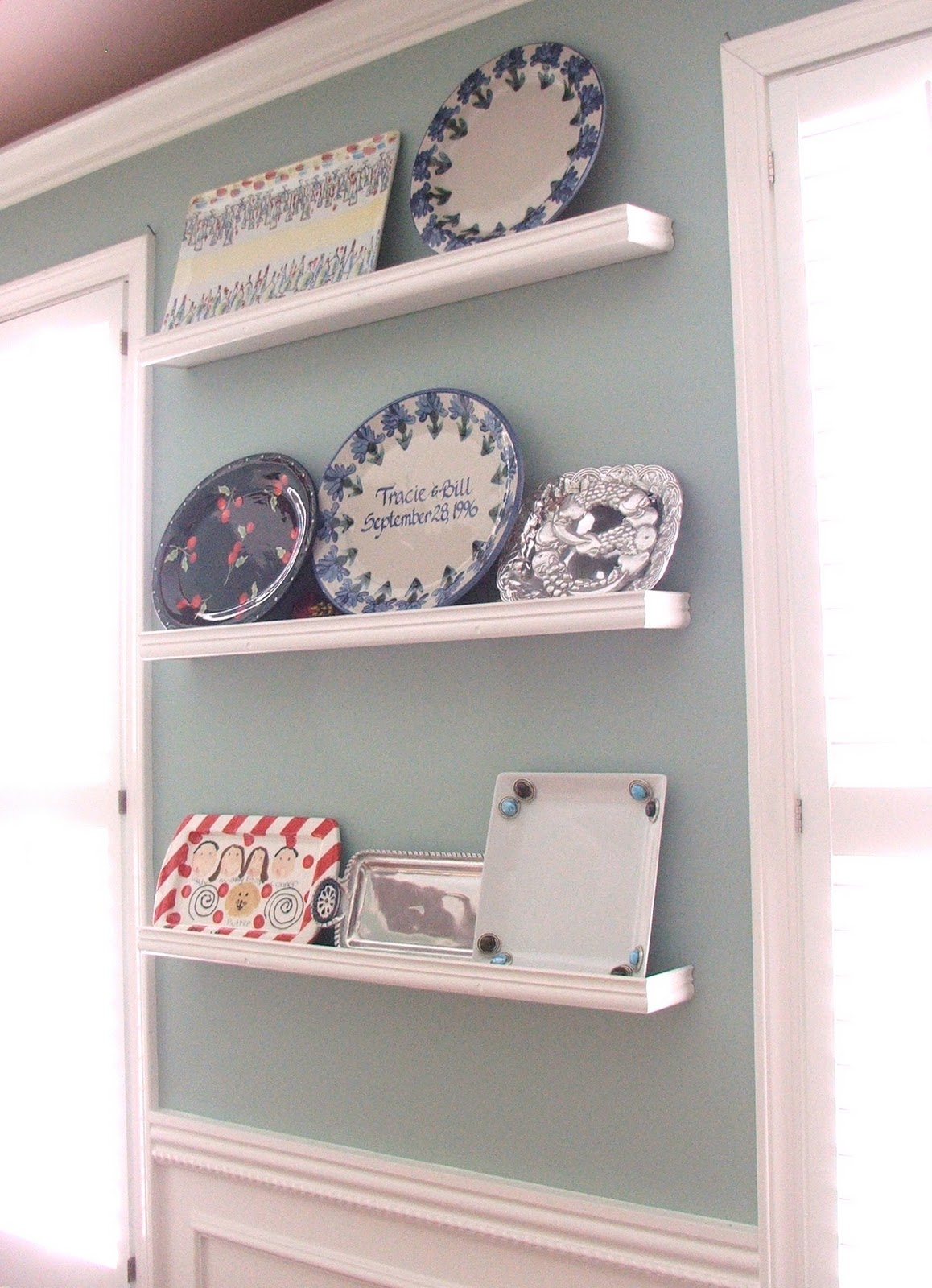 Remodelaholic platter wall shelving for Wall shelves and ledges