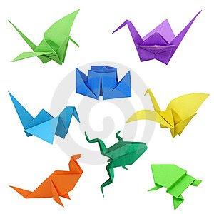 Origami adalah sebuah seni lipat yang berasal dari Jepang. Bahan yang