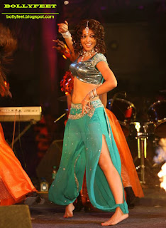 Tanushree Dutta Barefeet at a Dance event photo