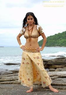 Sexy Shraddha Arya photo on the beach