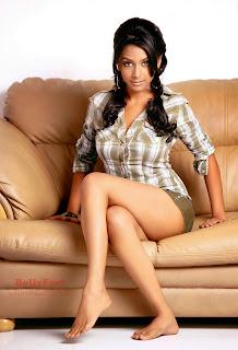 Rachna Parulkar  - Saat Phere Tv Actress
