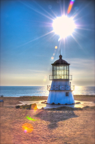 [lighthouse+light.jpg]