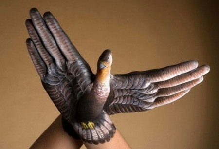 http://3.bp.blogspot.com/_FA03UWmaKVM/Soh4e4s1zhI/AAAAAAAAAN8/KVTgRo2rnYU/s1600/hand-painting%2B