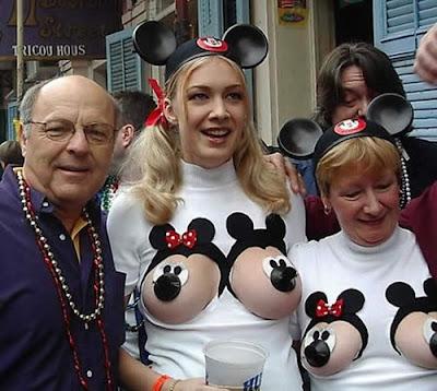 Mickey Mouse Payudara