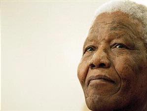 Piala Dunia Berakhir di Tangan Mandela