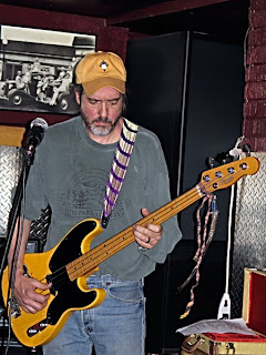 Roadhouse Joe Bassist
