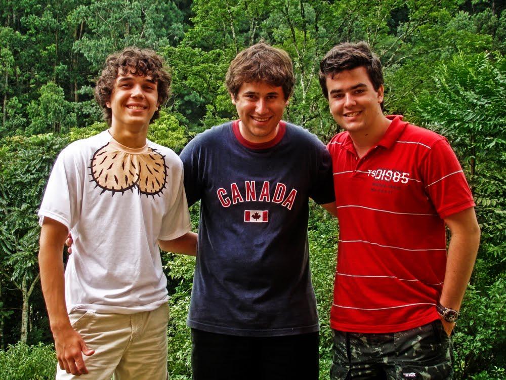 '' Gustavo, Rafael y  William, Comparten El dia del amigo con todos los GALGUEROS ''
