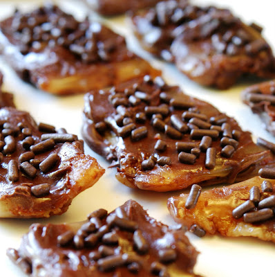 JULES FOOD...: CHOCOLATE-CARAMEL BACON CANDY