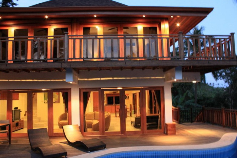 Thailand luxury villas for rent thailand beach houses for Luxury holiday rentals uk