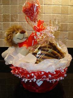 Valentine Gift Basket Picture