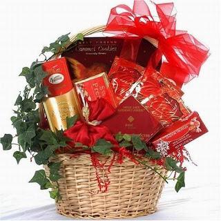 Valentine Gift Basket Image